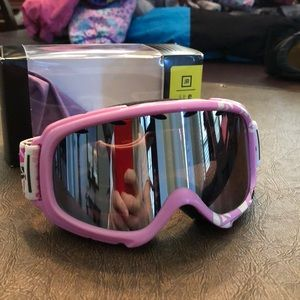 Youth Ski Goggles. BRAND NEW